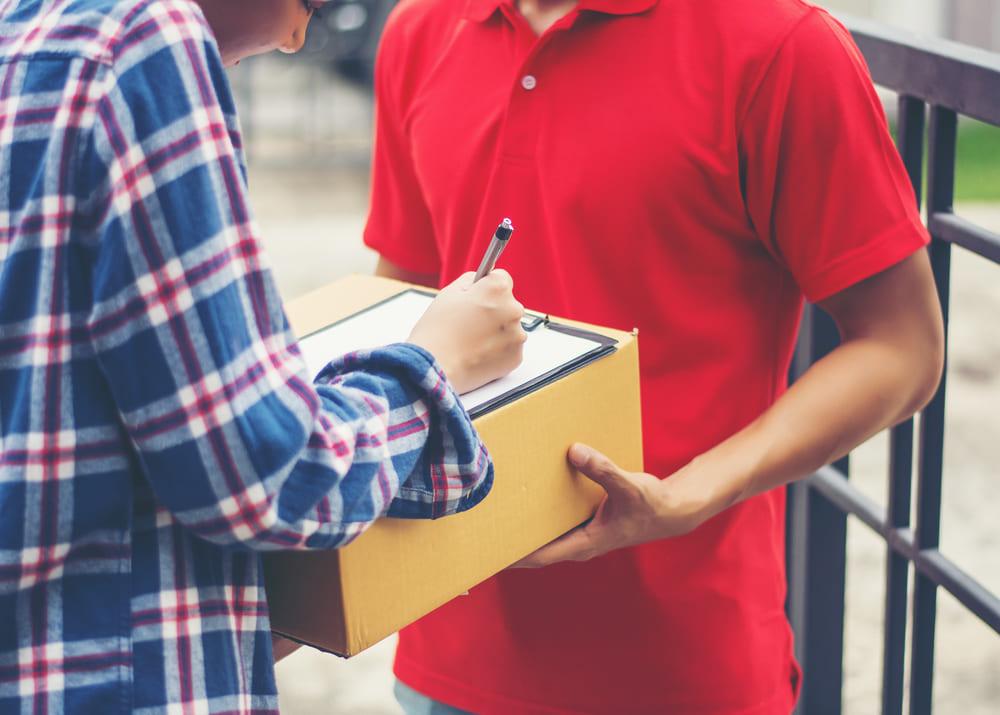 Курьерские перевозки - преимущества и недостатки