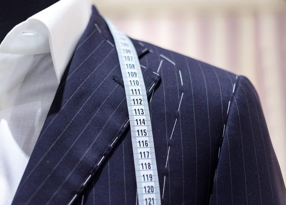 Как заработать на пошиве мужского костюма стоимостью  5 тыс. 9b1e6f5451ceb