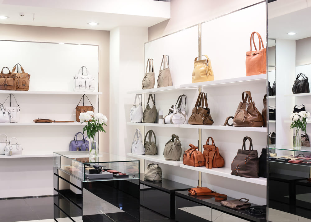 ab01f2ede37f Свой бизнес: магазин сумок