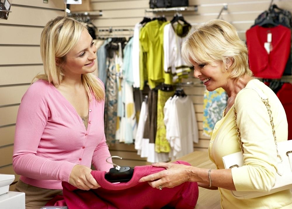 f271c96f678 Бутик. Обычно формат бутика подразумевает небольшой магазин и торговлю  эксклюзивным ассортиментом  модной и