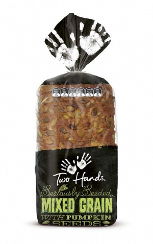 Упаковка Two Hands Bread от Shout Design