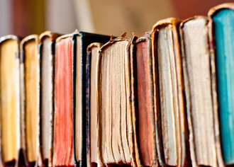 Букинистический бизнес  можно ли заработать на старых книгах 6d7d3d814a4