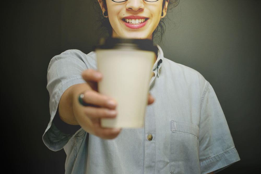 Свой бизнес: как открыть точку по продаже «кофе с собой»