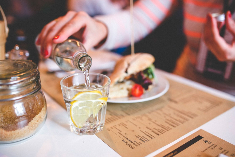 Свой ресторан в маленьком городе: преимущества и недостатки
