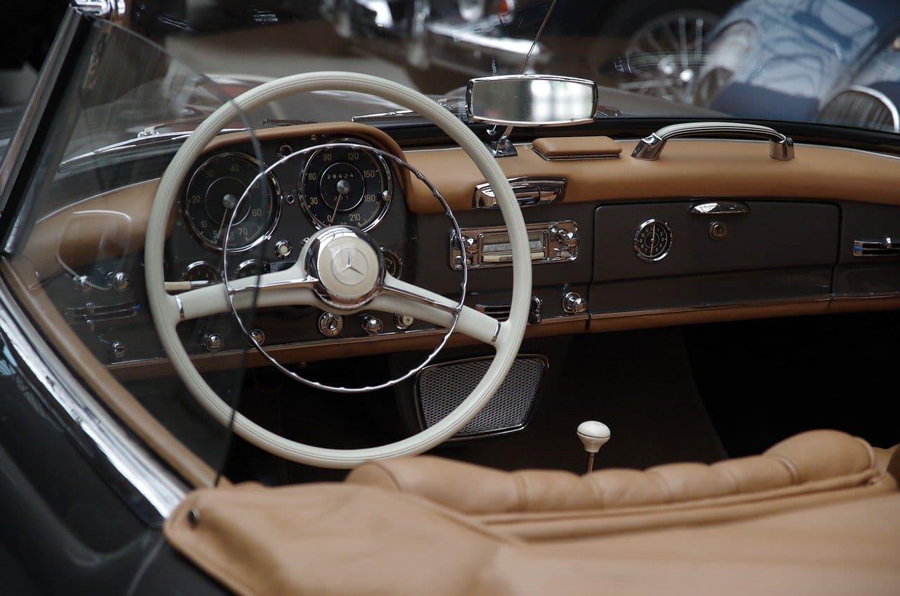 Перетяжка салона авто: прибыльный бизнес с вложениями до 200 тысяч