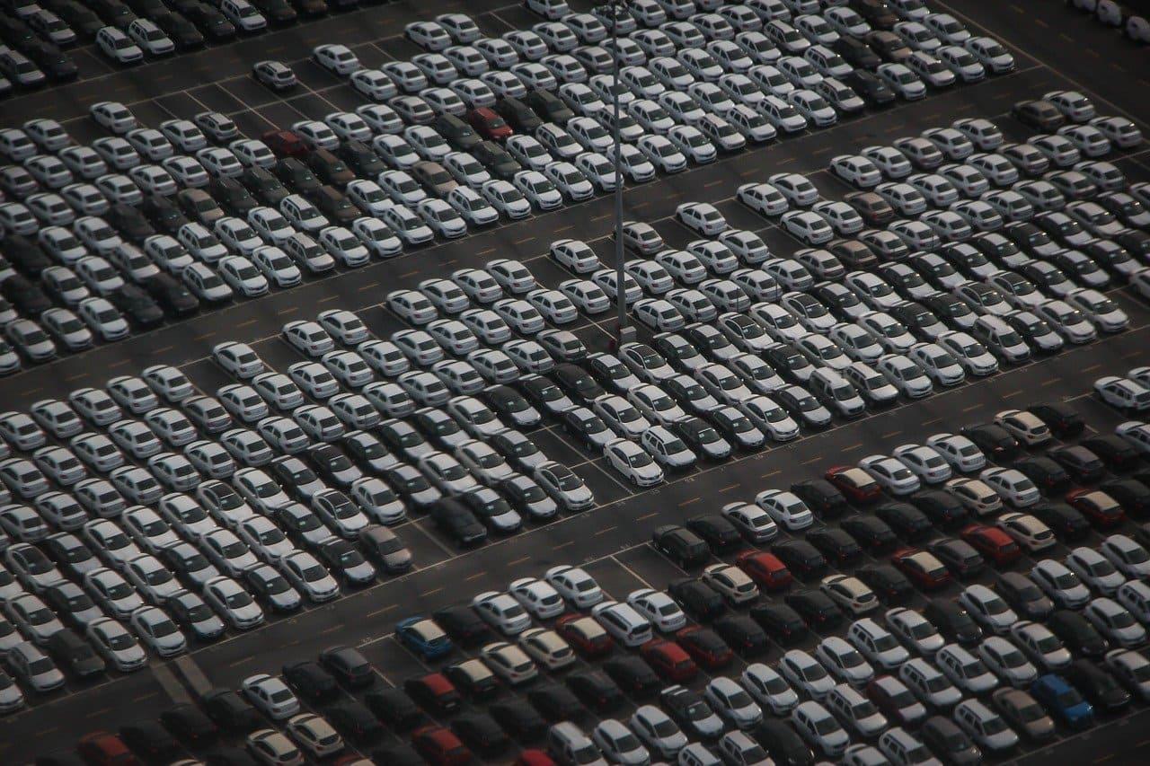 Онлайн-аукционы по продаже авто с пробегом: как устроен этот бизнес в России