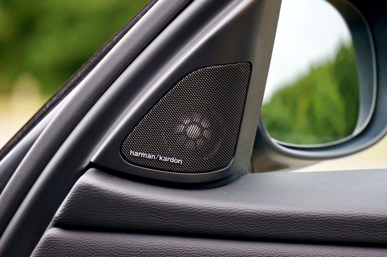 Музыка в машину: как заработать на продаже и установке автозвука