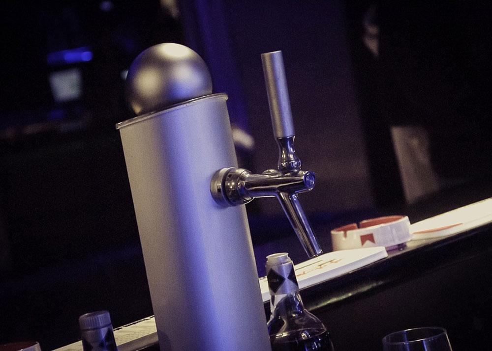 Как открыть бизнес по производству оборудования для розлива напитков