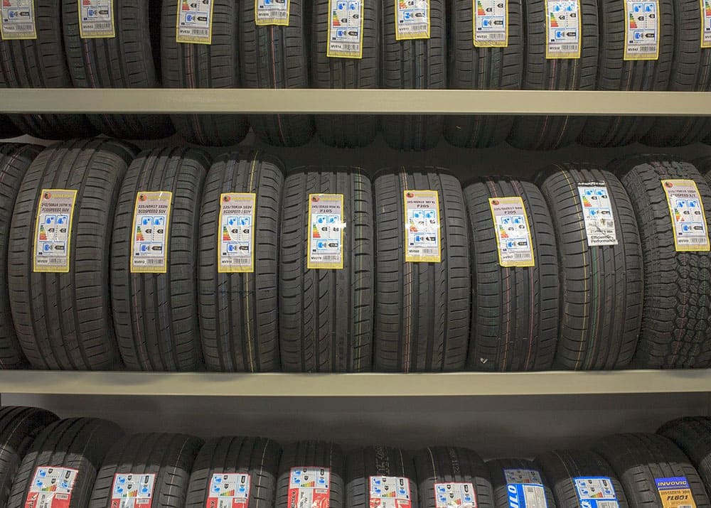 Шинный центр: продажа резины и дисков в розницу