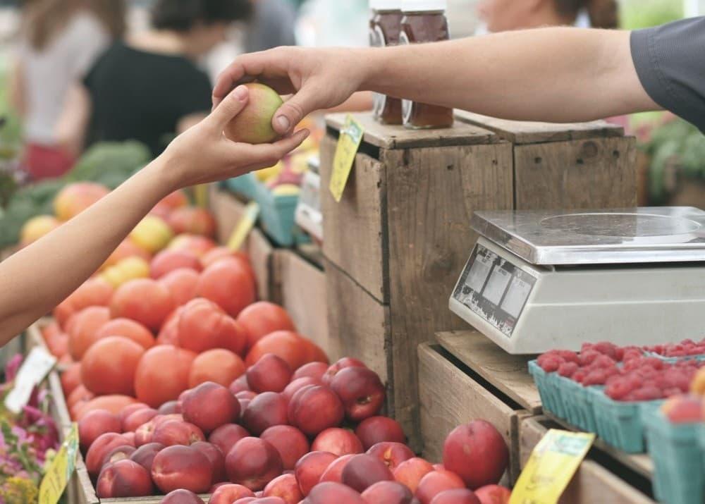 Свой бизнес: как открыть овощной магазин