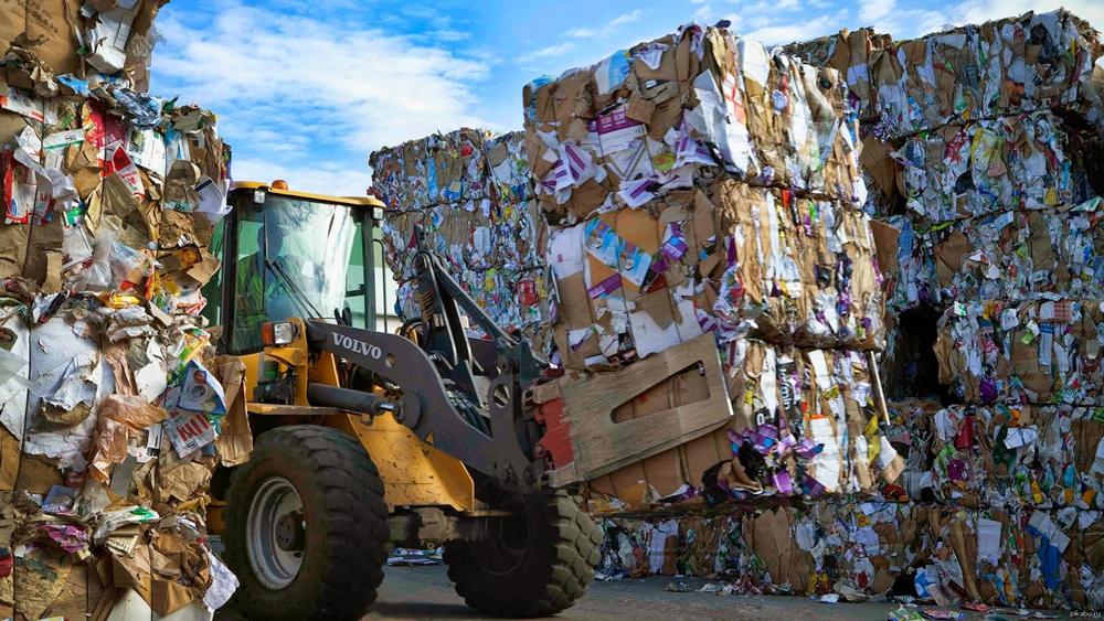 """Бизнес на мусоре: как заработать """"из ничего"""""""