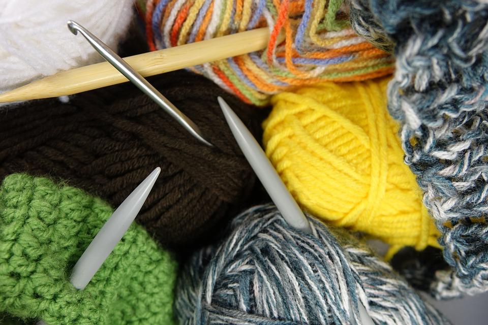 Вязание на дому как бизнес: 9 основных вопросов